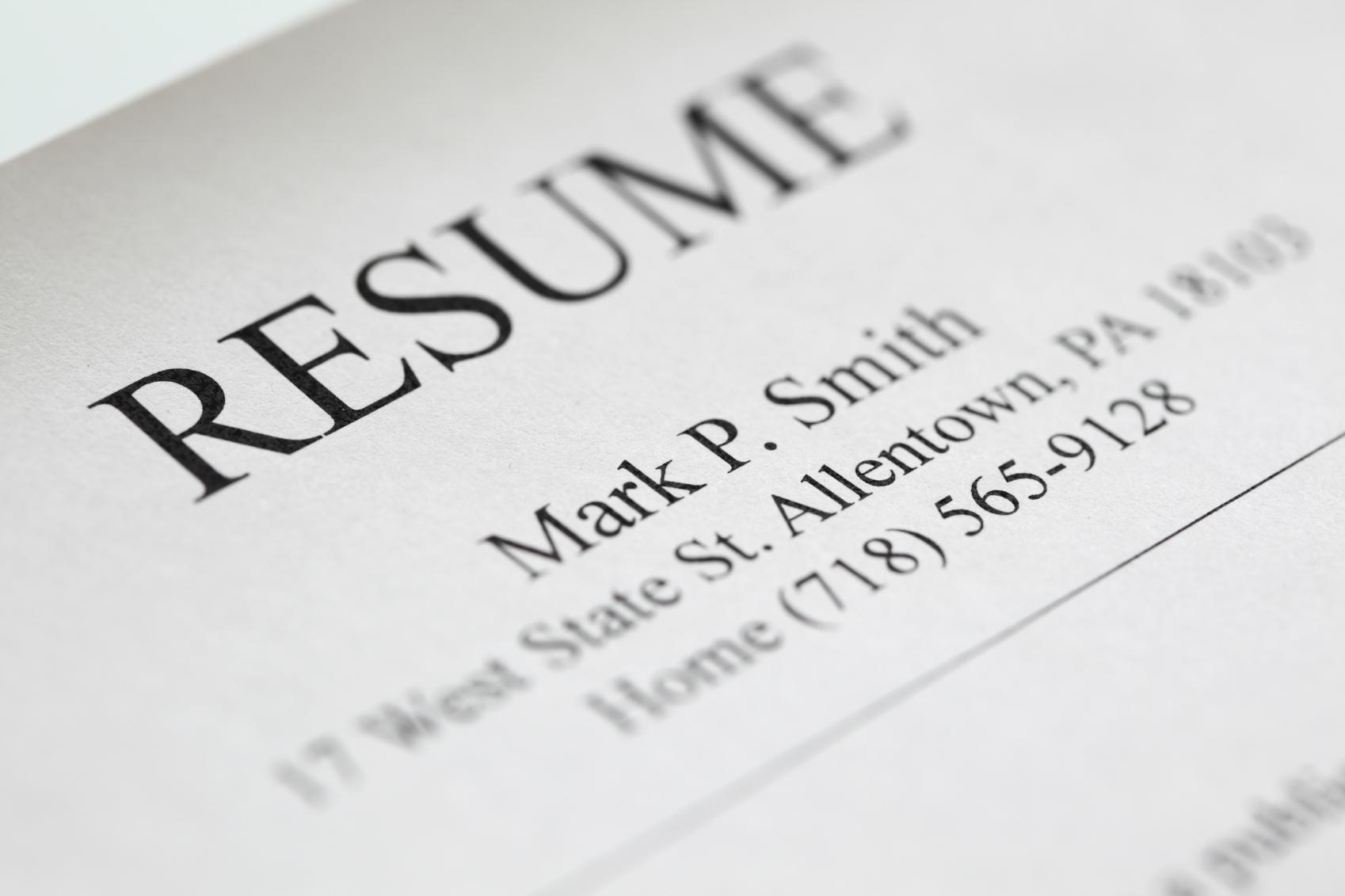 five resume header tips